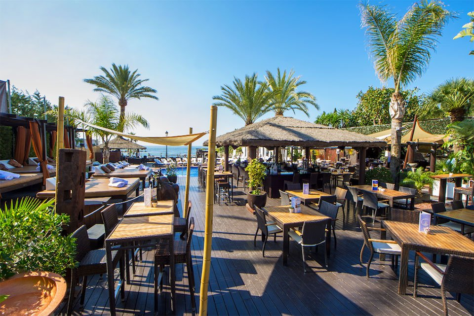 beach club in puerto banus marbella at la sala by the sea