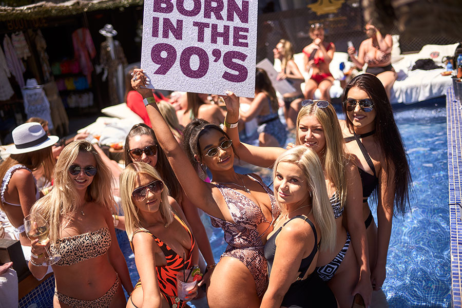 "May Bank Holiday ""Born in the 90's"" event is a huge hit!"