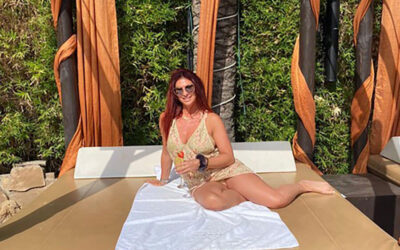 Real Housewives star shows how bikini ready she is